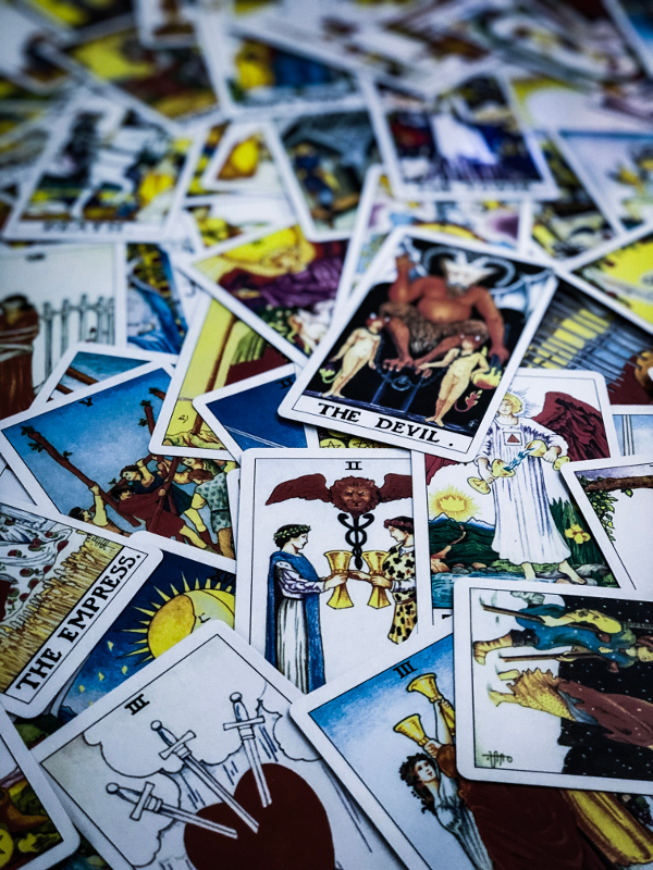 can tarot predict